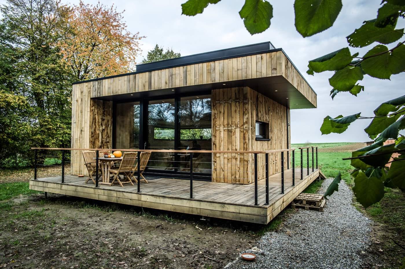 de paille et de bois une mini maison passive locale et. Black Bedroom Furniture Sets. Home Design Ideas